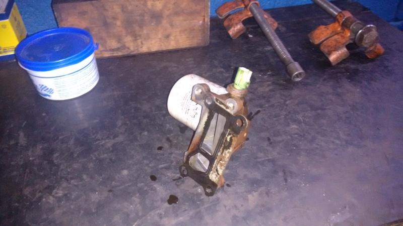 Vazamentro de óleo no adaptador (carcaça suporte) do Filtro de óleo 10oqs5z