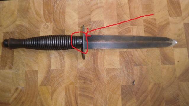 La Dague de Commando Fairbairn Sykes. - Page 2 19ic0