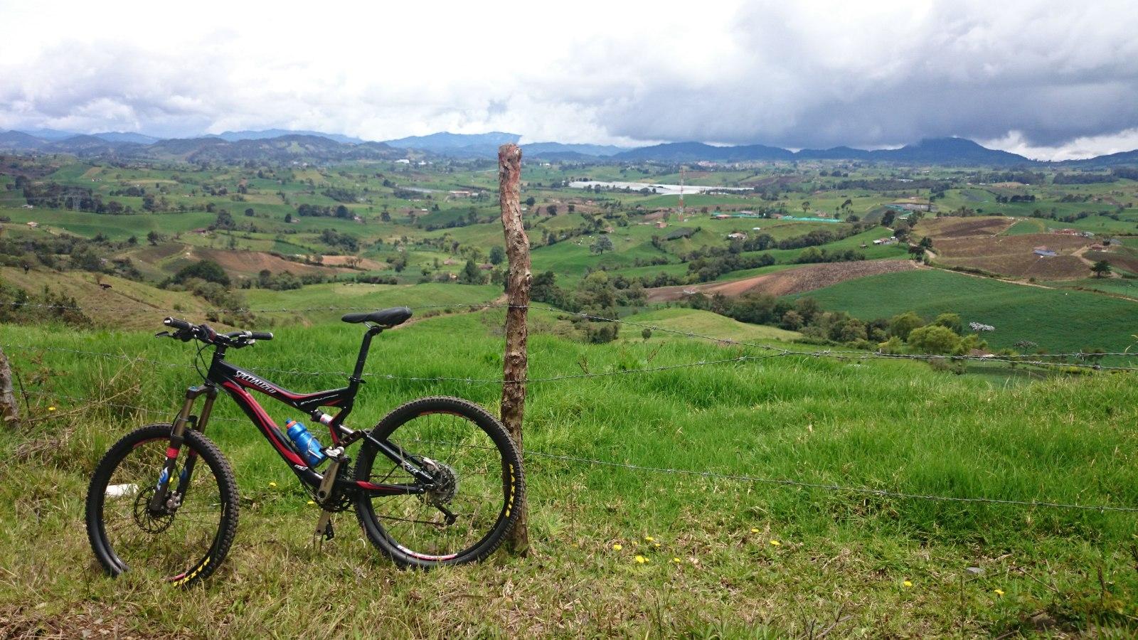 ¿Cómo es tu bicicleta deportiva y cómo la tienes configurada? 22z6zc