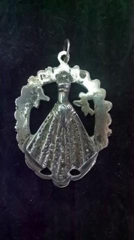 Medalla calada de la Virgen de la Caridad de Illescas (Toledo) 23mwlk6