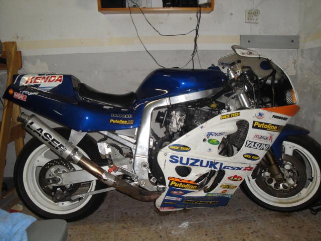 Resucitando Suzuki GSX-R 750 / 90 23sgeht