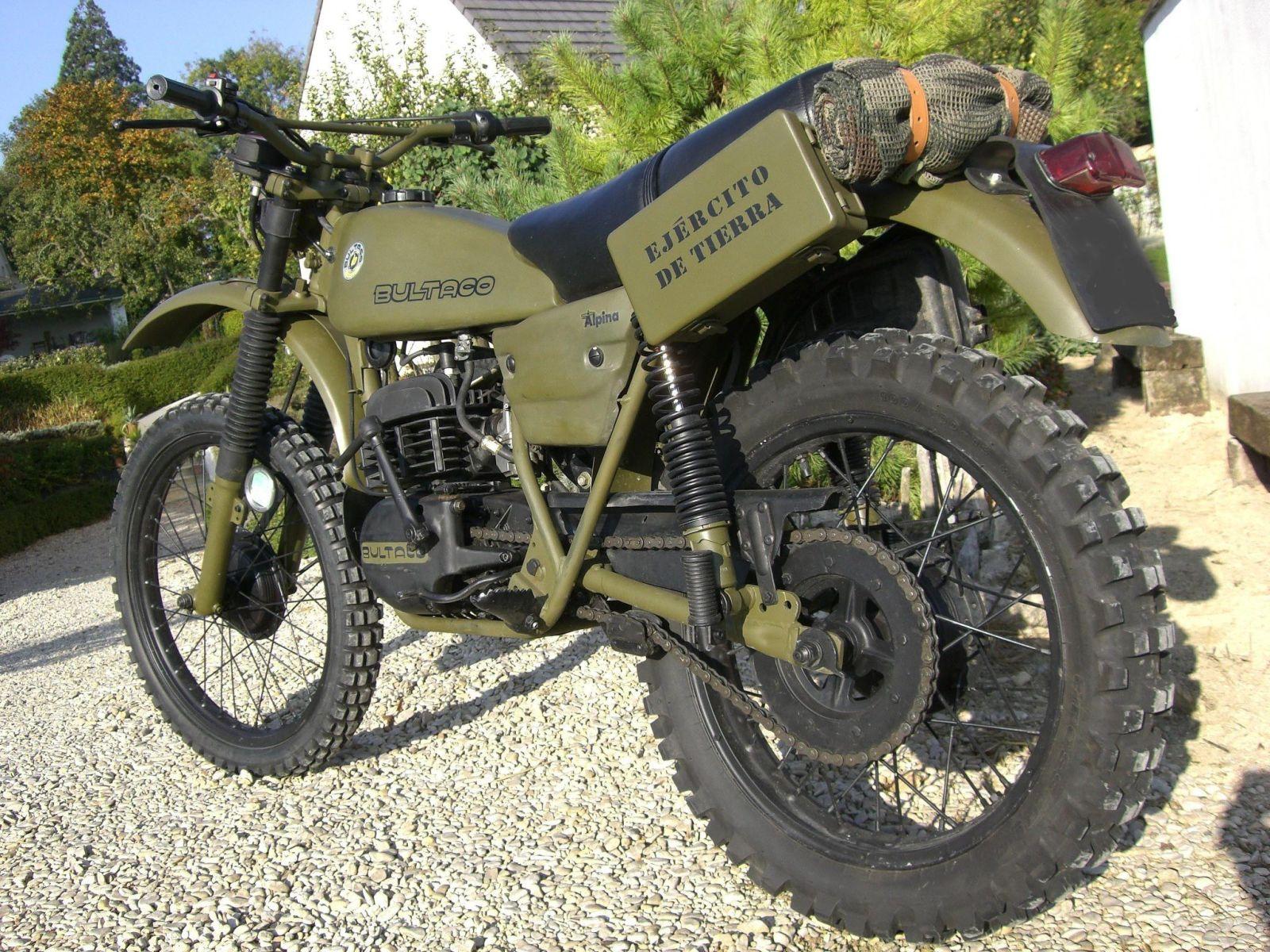 Bonita la Bultaco  28mcw05