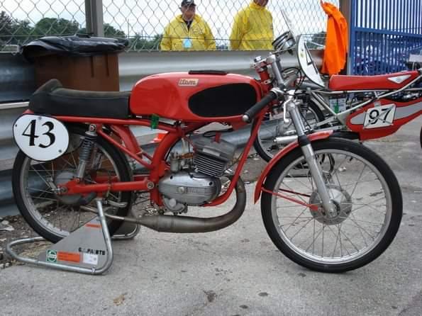 50cc - Itom 50cc de carreras 1967 2d1b7t