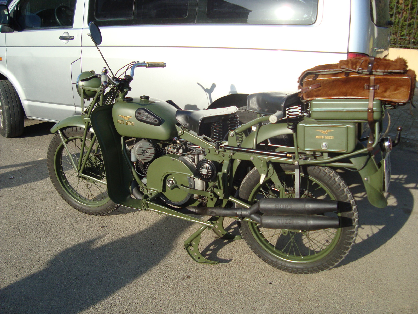 XI concentracion de motos antiguas en Alberuela de tubo (Huesca) 2igk6tw