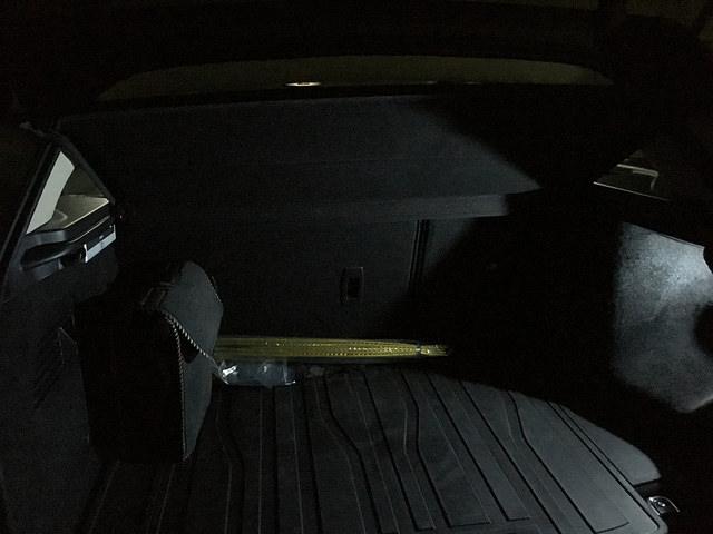 Luz extra para el maletero 2q3ulc5