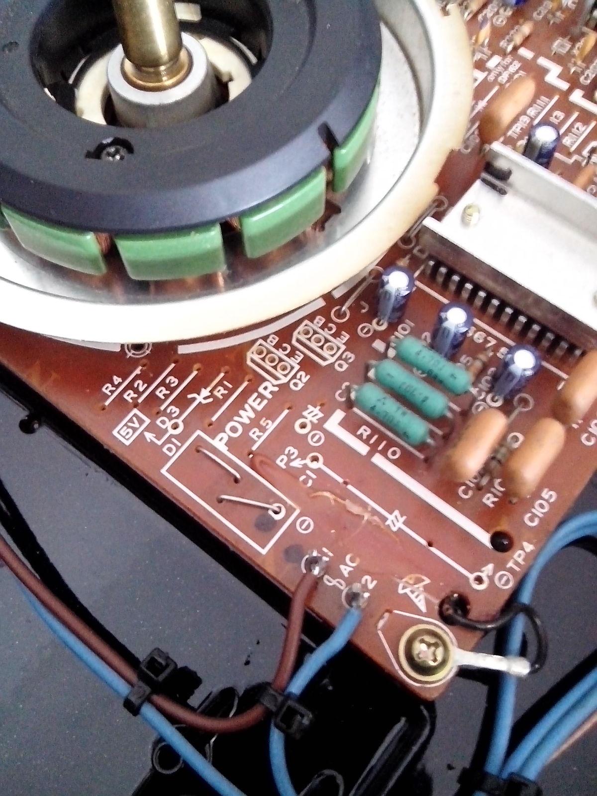 Restauración y mejora de un Technics SL1200 2v7z7k0