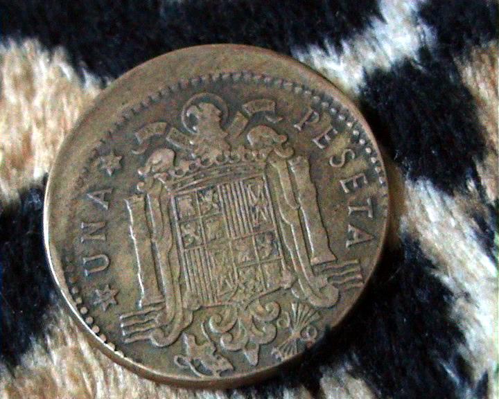 1 peseta Estado Español 1953 *56 acuñada fuera de la virola 2vvq546