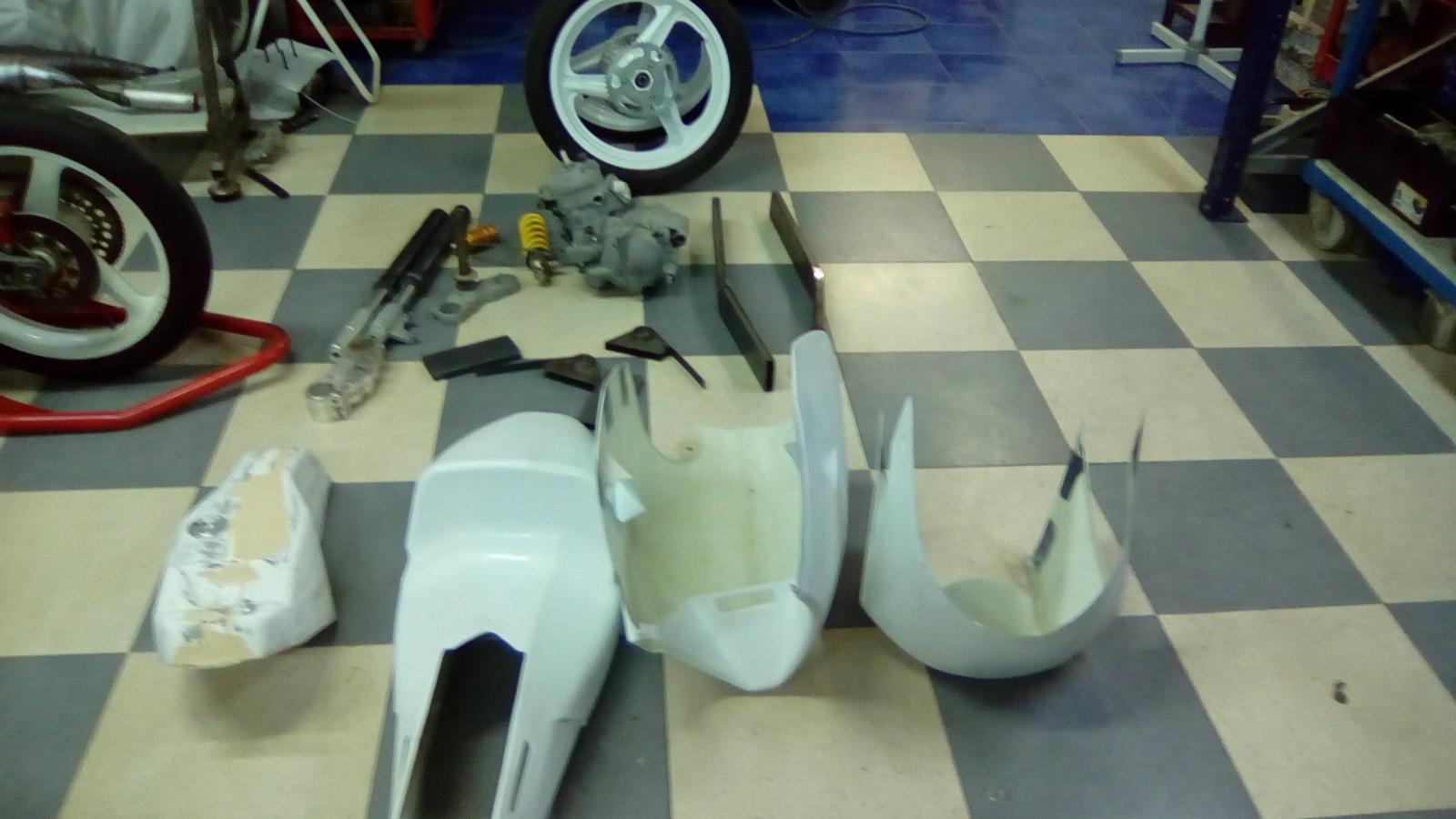 JJ Cobas Moto Hernan 313kro9
