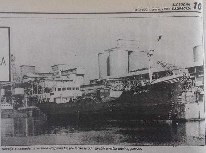 Razni teretni brodovi - Page 3 33csuue