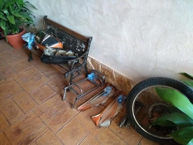 Inicio restauración Mobylette Campera 66djeb