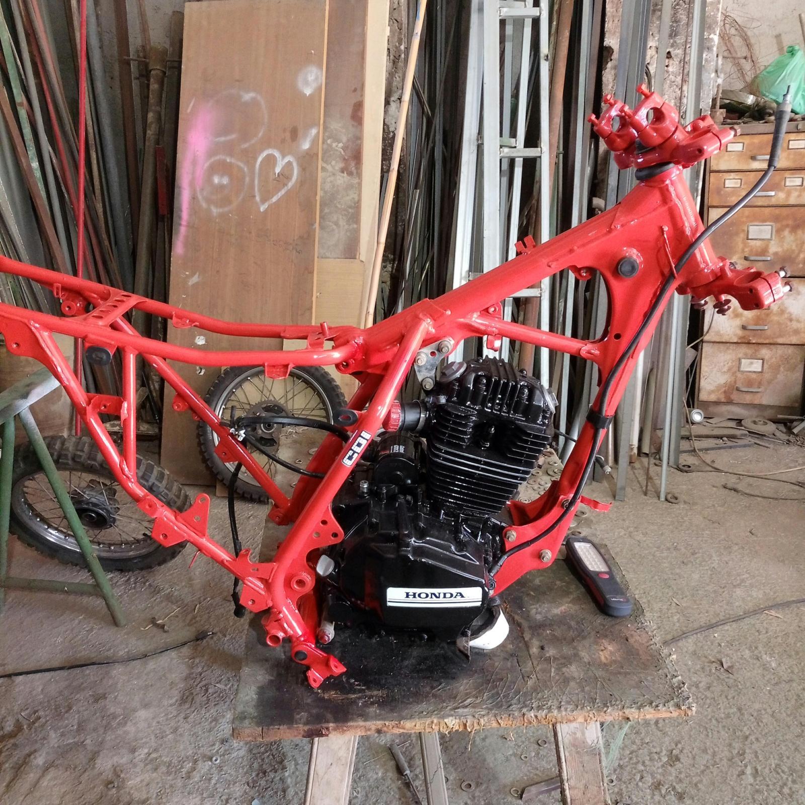 Mi Nueva Honda XL 200R Axhcz