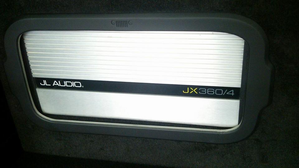 """Instalação Kit 3 vias , processador bit one, 2 Amplificadores, Subwoofer 10"""" JL Áudio Dws7et"""