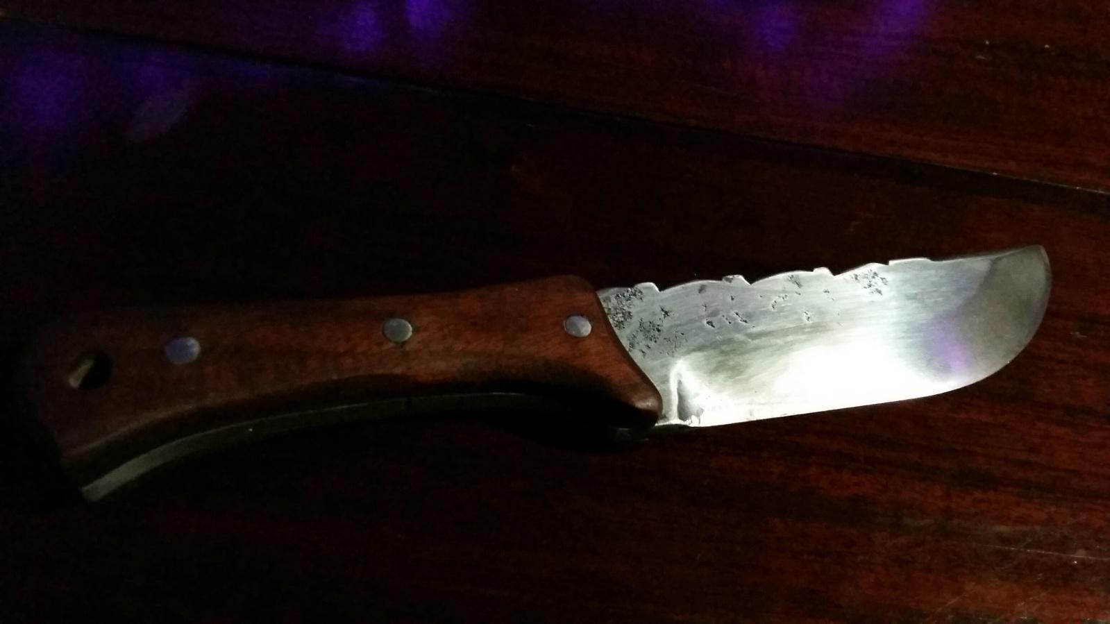 incurcionando en la cuchilleria F9mcy1