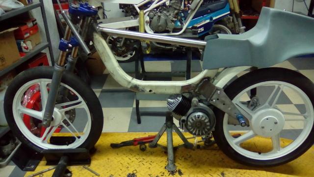 Proyecto Vespino de 65 cc. de Velocidad. Iqa6hu