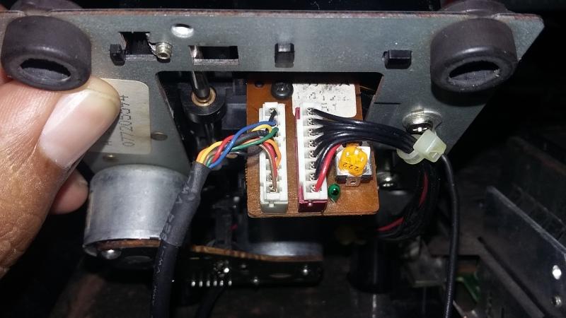 Ayuda con SEGA CD Model 2 J7tbtx