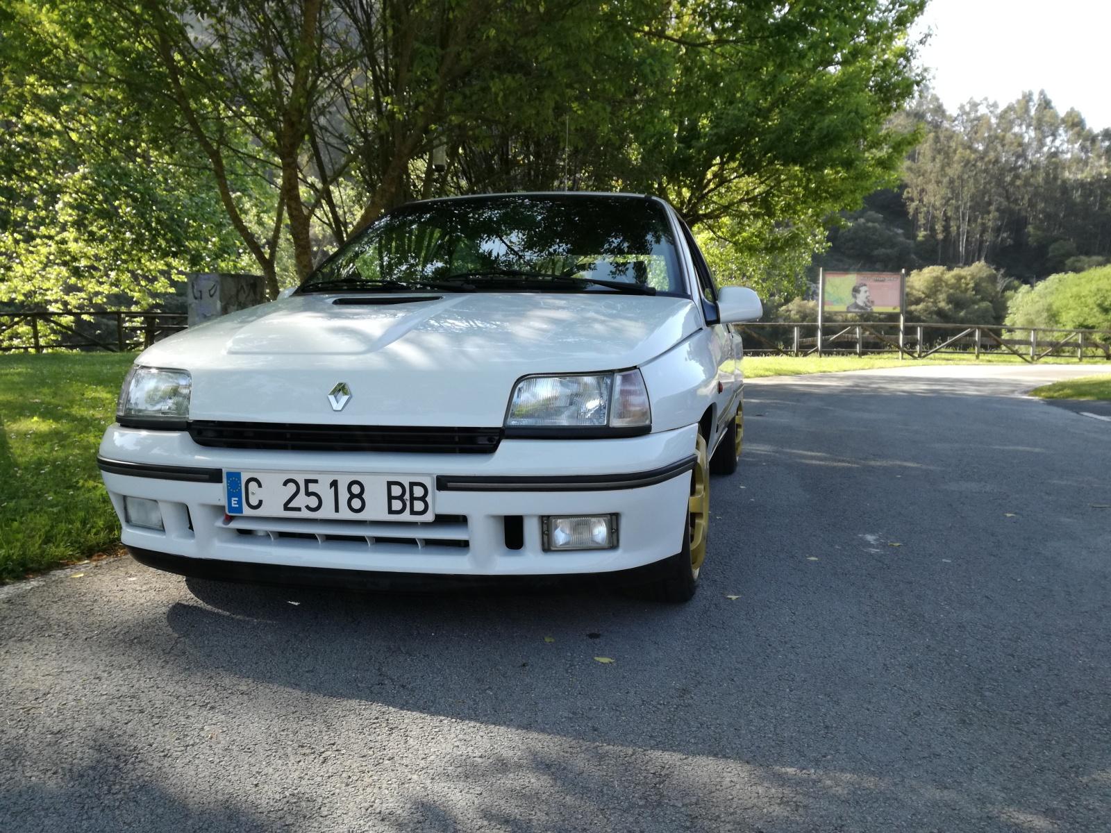 Presento el Renault Clio 16V Ndk908