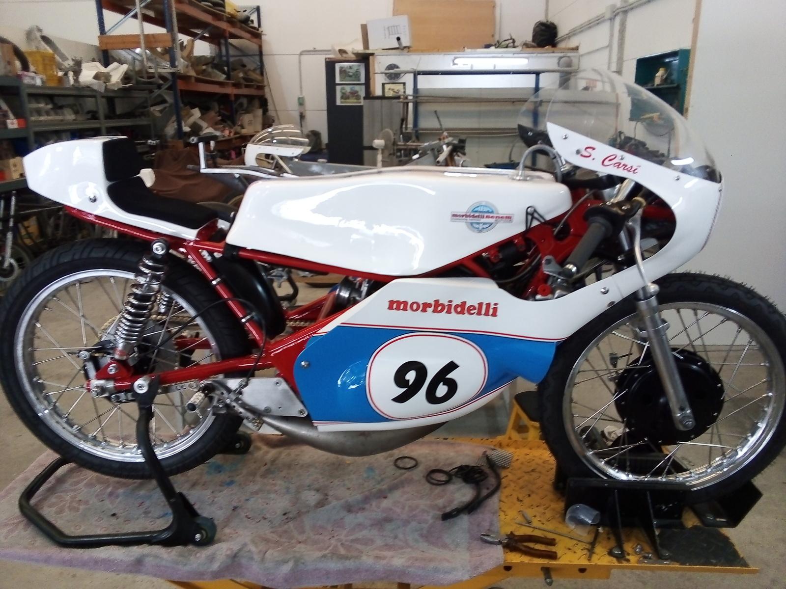 Las Motos de Salvador Carsí V76vkm