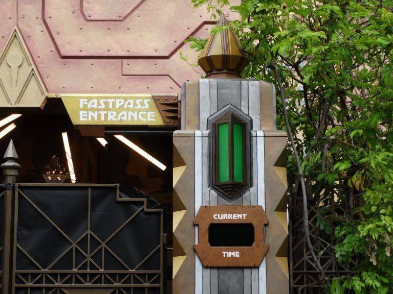 Novità, chiusure e rehab a Disneyland Resort Xnu5mx