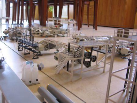 COSMOS 1999 : Hangar .IMG_8433_m