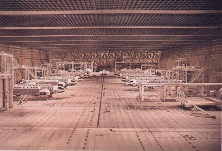 COSMOS 1999 : Hangar HANGAR-1