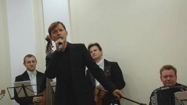 1 ноября 2010 г, Я пою - французская песня, Балашиха S7200922