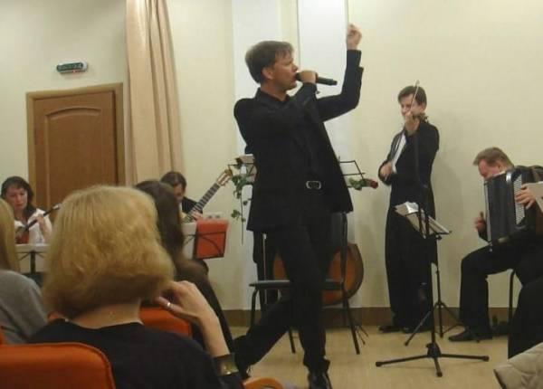 1 ноября 2010 г, Я пою - французская песня, Балашиха S9108729