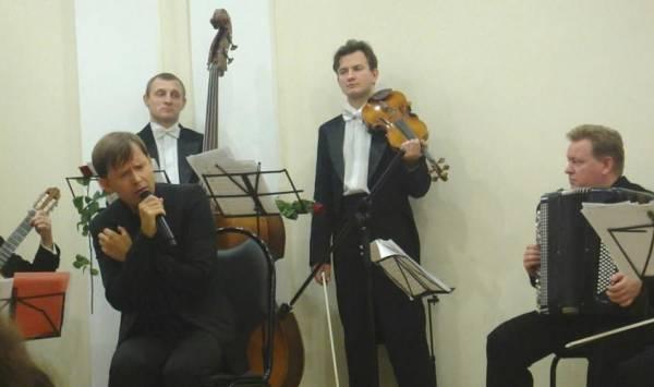 1 ноября 2010 г, Я пою - французская песня, Балашиха S9238930
