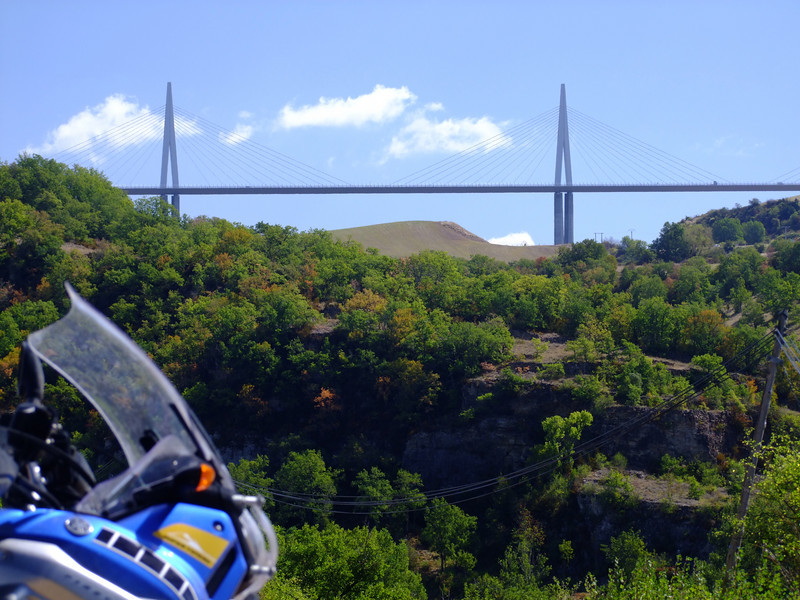 Vos plus belles photos de moto - Page 3 1004898304_pGVsQ-L