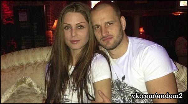 Алексей Самсонов Aleksej-samsonov-s-novoj-devushkoj