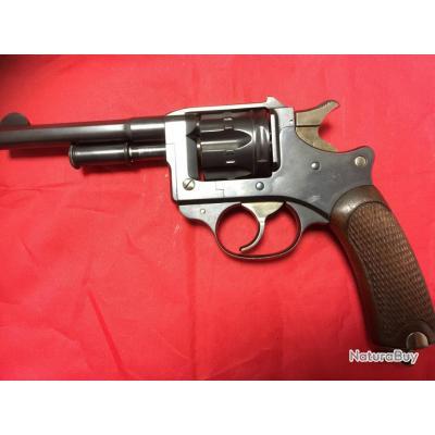 Révolver 1892 à pompe __00002_revolver-ESSAI-1892-A-POMPE-