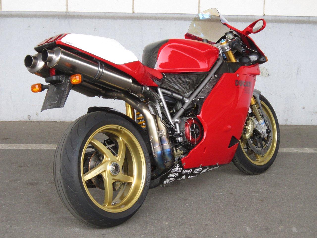 Votre garage de rêve.  Ducati-998-r-2004-moto