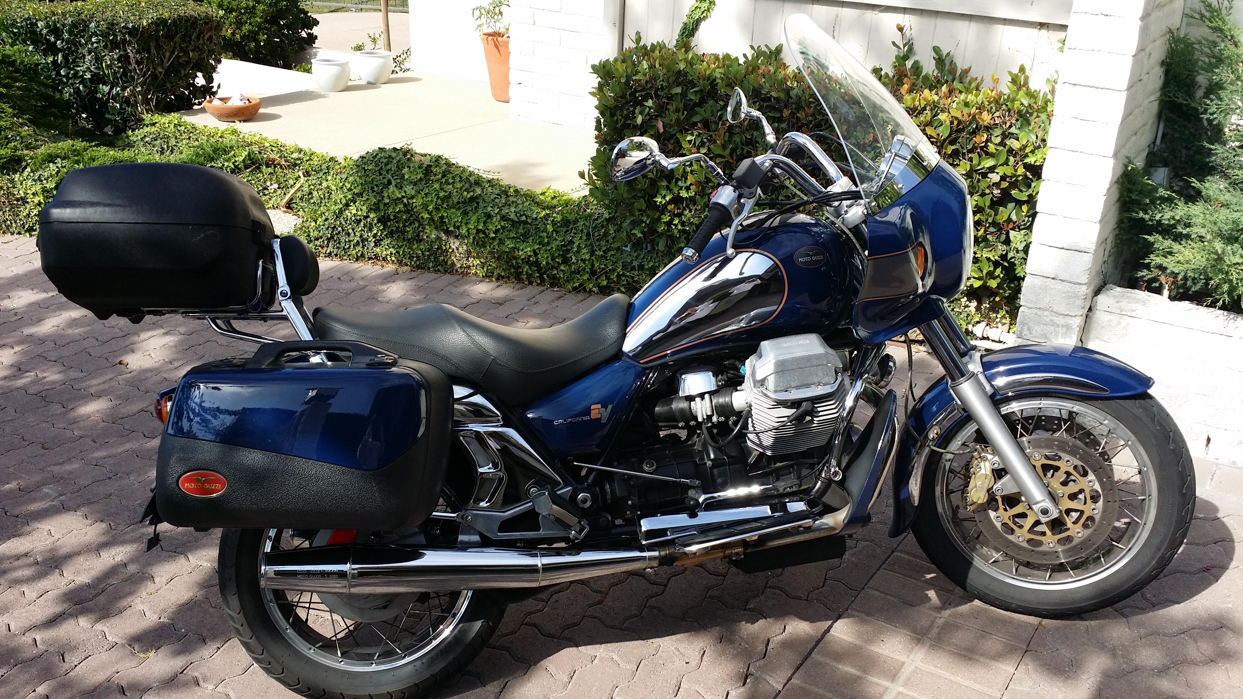 Avis sur Moto Guzzi California. Moto-guzzi-california-ev-touring-2004-moto
