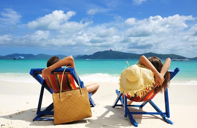 tu sais que tu es zébré quand... - Page 2 Transats-vacances-farniente-plage