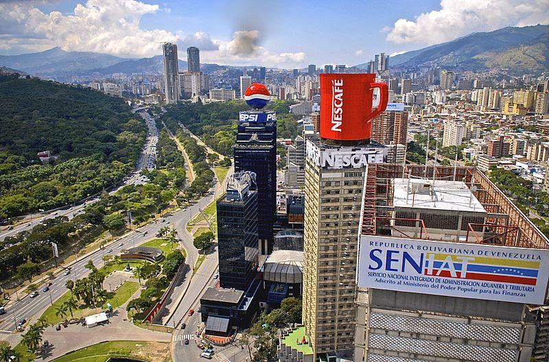 Venecuela - Page 2 1%20Plaza%20Venezuela