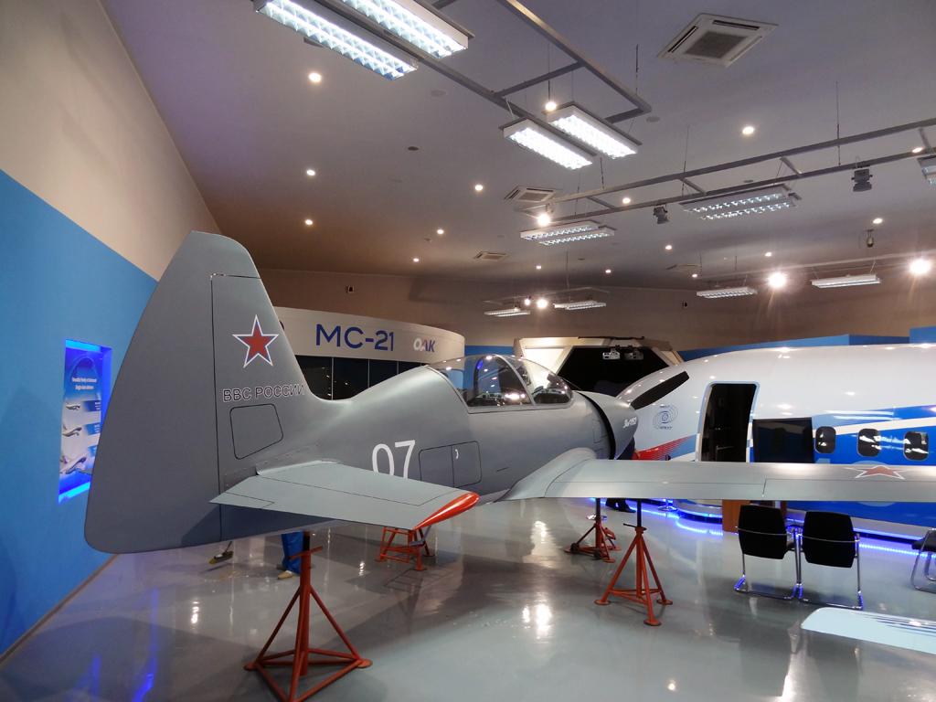 Yakovlev YAK-152 Yak152rear