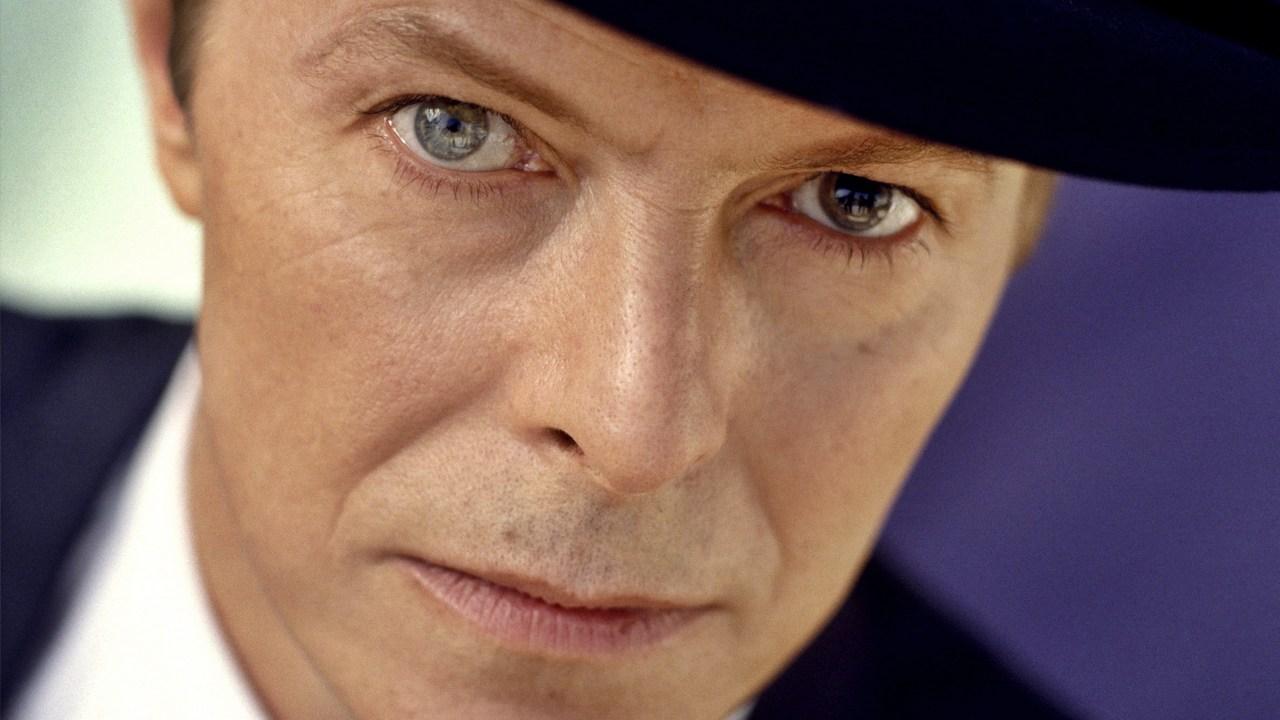 R.I.P. David Bowie  David-bowie1