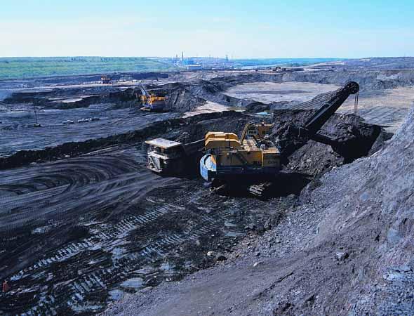 Arenas de Alquitrán o Tar Sands Oil_sands_open_pit_mining1