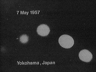 (1957) Yokohama 21 février ovni ufo OVNI_Japon_013_Yokohama_07-05-1957