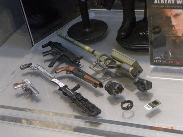 Lanzacohetes de Wesker 2671_Wesker_Figure_Shot_4_normal