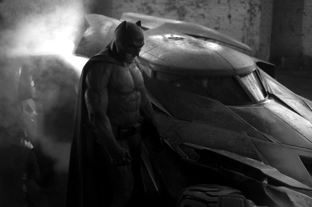 Confirmada la JLA de Zack Snyder Batmanbatmobilelarge
