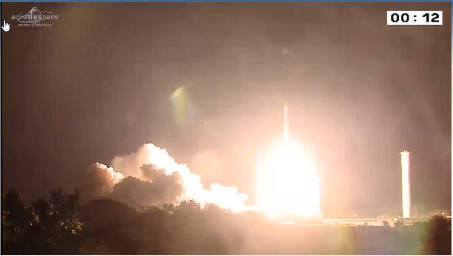 Lancement Ariane 5 ECA VA218 / Measat 3B + Optus 10  - 11 septembre 2014 - Page 5 2014-09-12_00-05-35