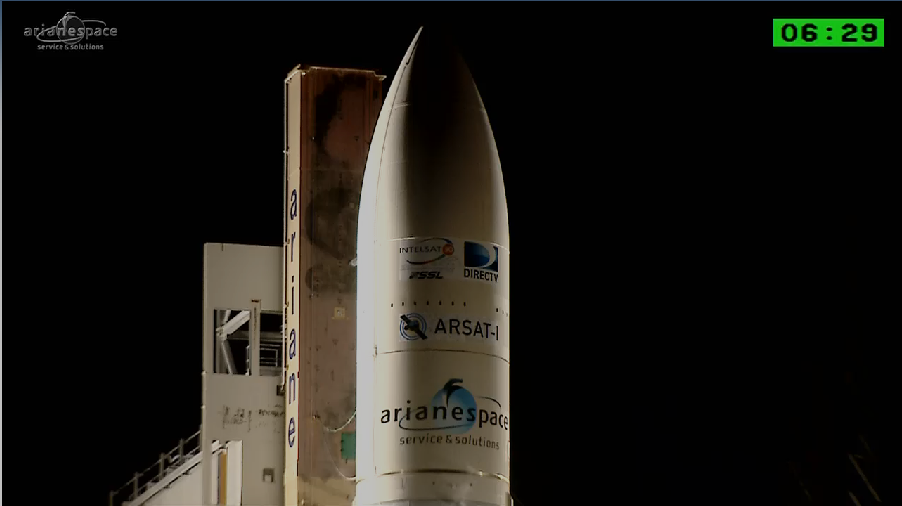 Lancement Ariane 5 VA220 / ISDLA-1 & ARSAT-1 / 16 octobre 2014 - Page 2 2014-10-16_23-37-24