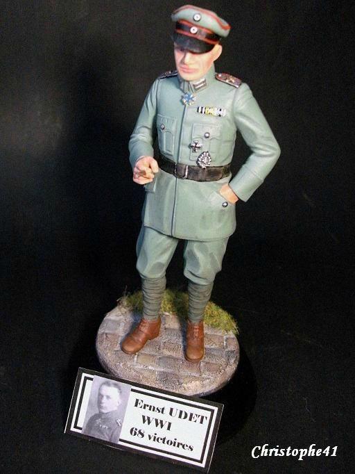 Vitrine de Christophe41 ( le 30.12.2019 : buste légionnaire 1918) - Page 5 107931398_o