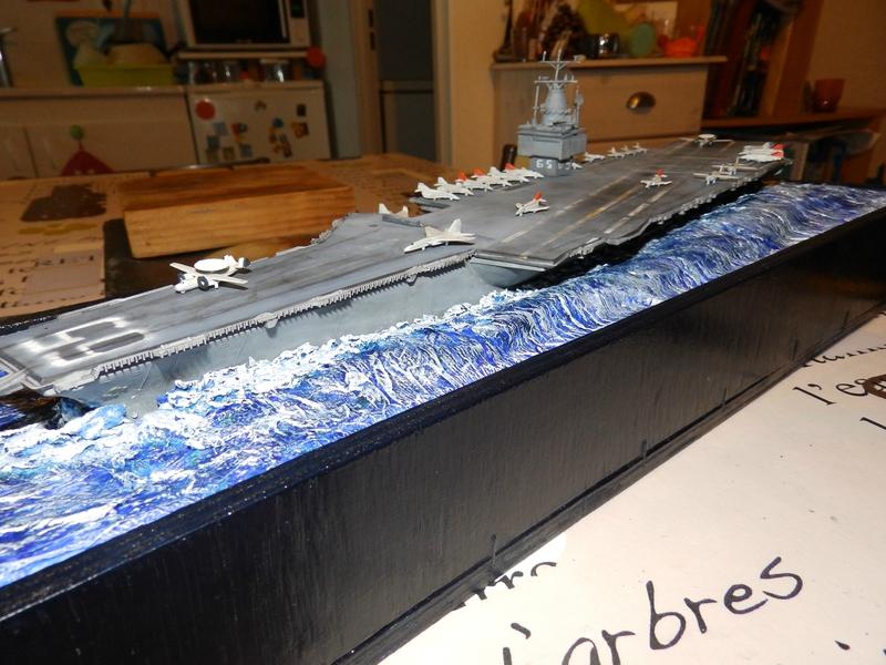 Porte avion USS ENTREPRISE-revell-[Mise en scène marine] 1/720. 105901517