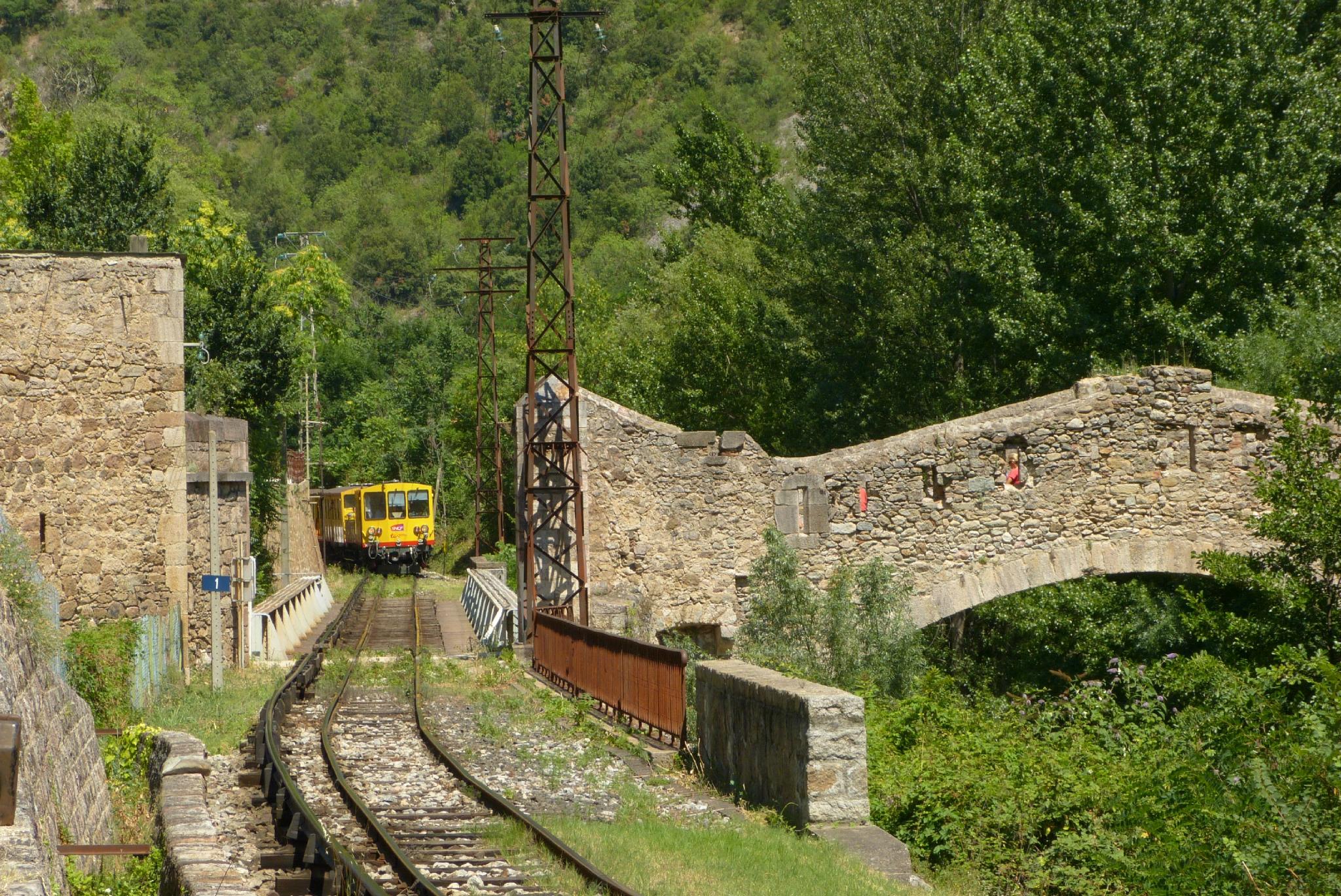 Pont del tren d'Olesa 105369650_o
