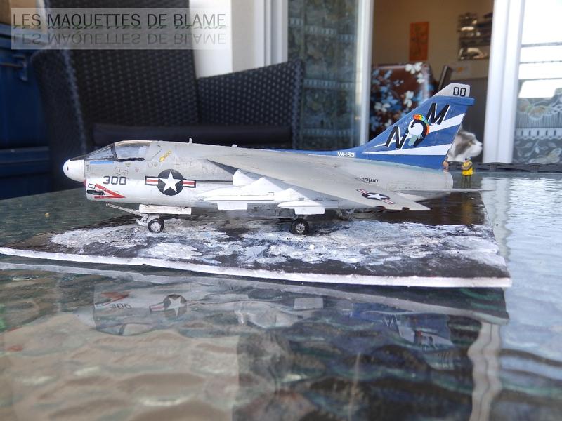 DIORAMA ATTENTION À LA FUITE (A7-A CORSAIR 2 VA-153 BLUE TAIL FLIES)!!!! 115181947