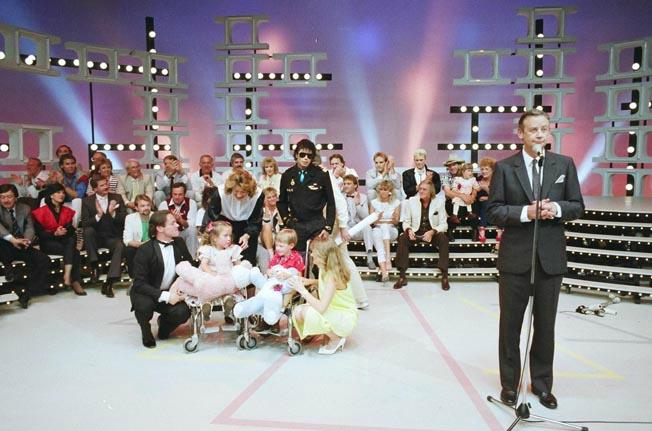 Foto di Michael e i bambini - Pagina 22 101863825