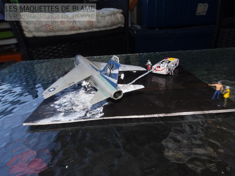 DIORAMA ATTENTION À LA FUITE (A7-A CORSAIR 2 VA-153 BLUE TAIL FLIES)!!!! 115181943
