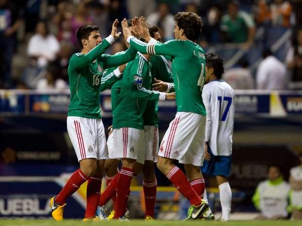 Premundial de CONCACAF: Eliminatorias Copa Mundo Turquia 2013: El Salvador 0 Mexico 3. Mexico3-0elsalvador23-8