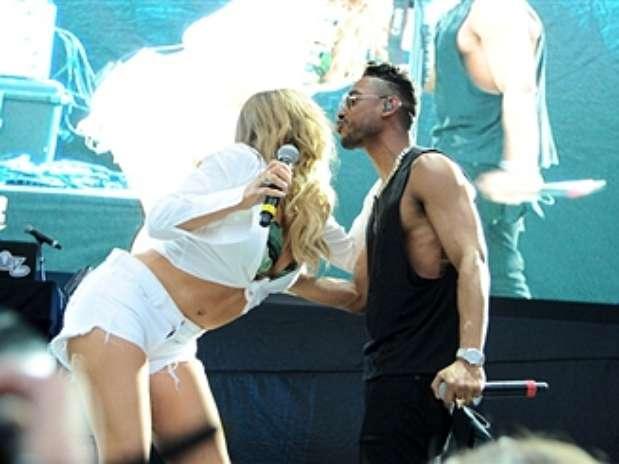 Promo >> Nueva Era Mariah-carey-miguel-summer-jam-xx-2